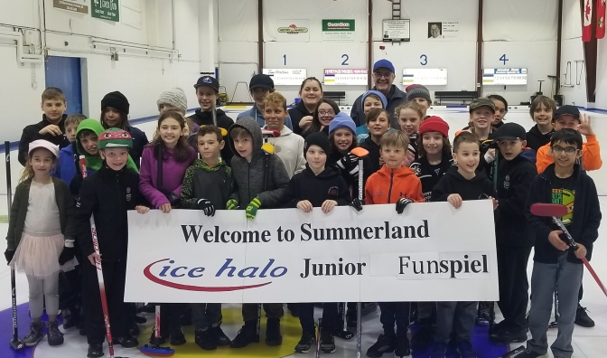 Summerland Ice Halo Junior Funspiel